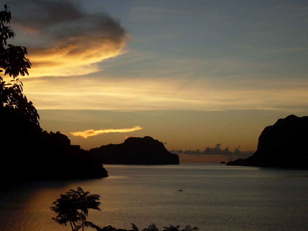 A travel guide for el nido palawan for Sunset lodge